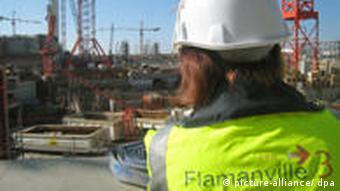 Baustelle des geplanten Europäischen Druckwasserreaktors (EPR) in Flamanville (Foto: dpa)