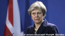 Deutschland Berlin Theresa May (picture-alliance/AP Photo/M. Schreiber)