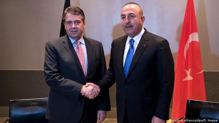 Sigmar Gabriel, 54. Münih Güvenlik Konferansı kapsamında dün mevkidaşı Mevlüt Çavuşoğlu ile görüştü