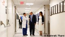 USA Donald Trump und Melania im Broward Health North Hospital in Florida