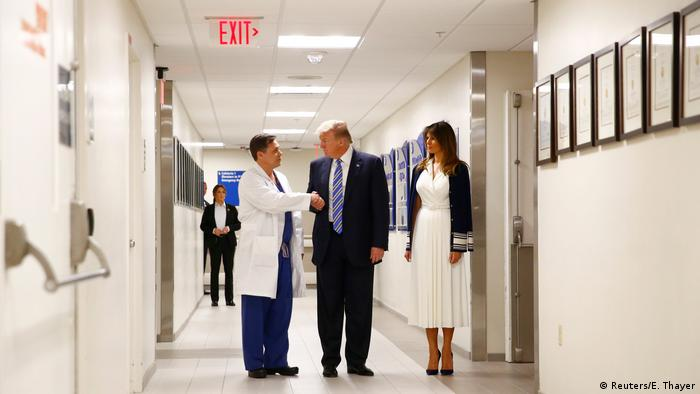 USA Donald Trump und Melania im Broward Health North Hospital in Florida (Reuters/E. Thayer)