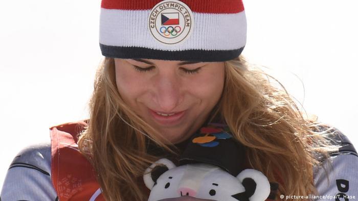 Ester Ledecka wins gold