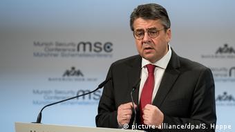 München MSC 2018   Außenminister Sigmar Gabriel (picture-alliance/dpa/S. Hoppe)