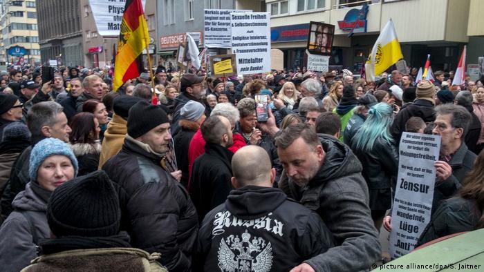 Demonstracja uliczna PEGIDY w Berlinie 17.02.2018