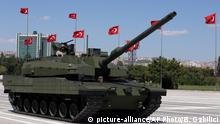 Türkei Panzer Altay (picture-alliance/AP Photo/B. Ozbilici)