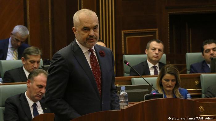 Edi Rama speaks to Kosovo lawmakers