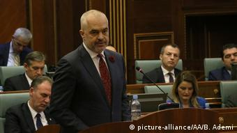 Ο αλβανός πρωθυπουργός Έντι Ράμα εισέπραξε την άρνηση των φοιτητών