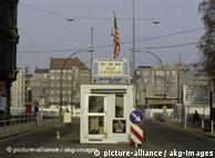 Posto de controle Checkpoint Charlie nos anos 1980
