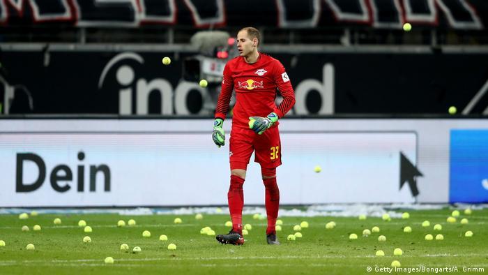 1. Bundesliga Eintracht Frankfurt vs RB Leipzig | Protest Montagsspiele