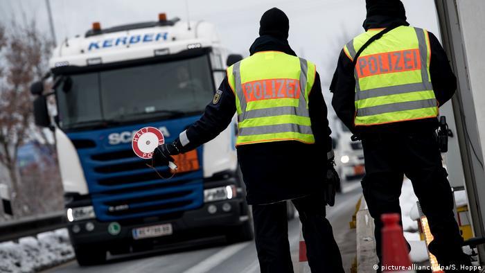 Deutschland Grenzkontrollen an der A93