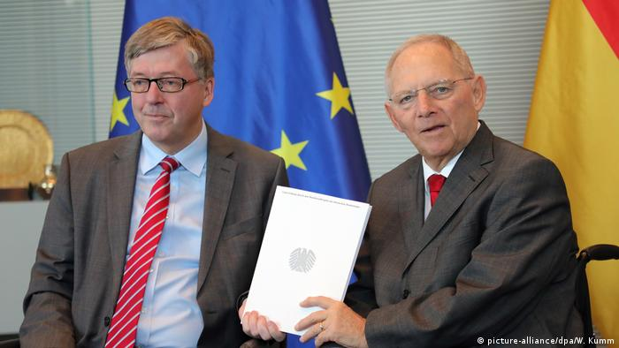 Hans-Peter Bartels and Wolfgang Schäuble (picture-alliance/dpa/W. Kumm)