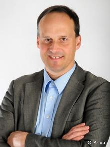 Dr. Michael Teut