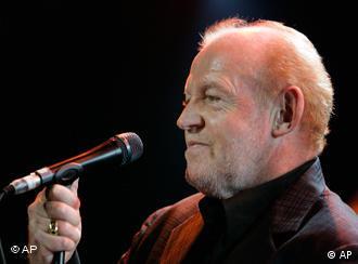 Joe Cocker performs in concert