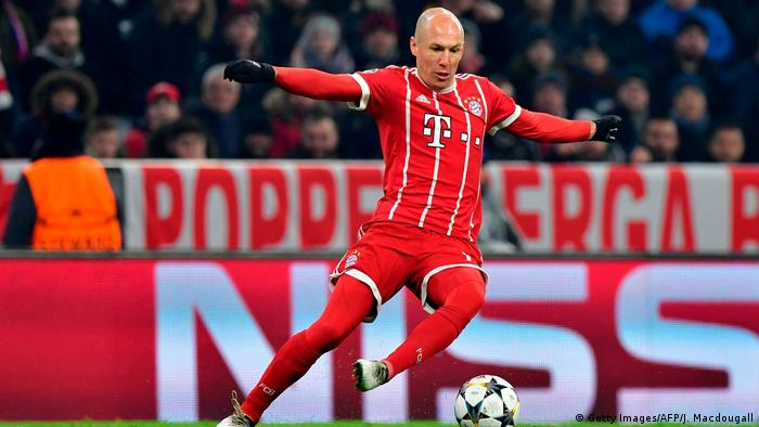 Fußball Champions League Bayern München vs Besiktas Istanbul | Arjen Robben (Getty Images/AFP/J. Macdougall)