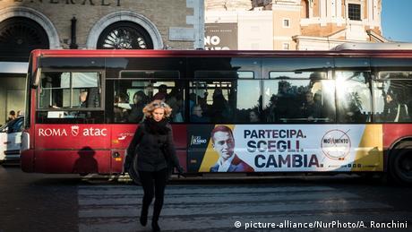 Πιο κοντά σε πρόωρες εκλογές η Ιταλία