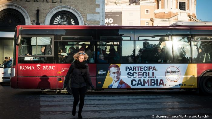 Decepção com política embala populistas na Itália  5da473caa5c9a
