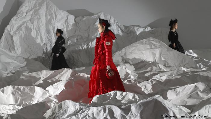 Moncler at Fashion Week in Milan (picture-alliance/dpa/A. Calanni)