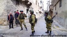 Russische Pioniere suchen und klären Minen in Ost-Aleppo, Syrien