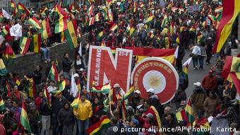 Bolivien Protest gegen Präsident Morales (picture-alliance/AP Photo/J. Karita)
