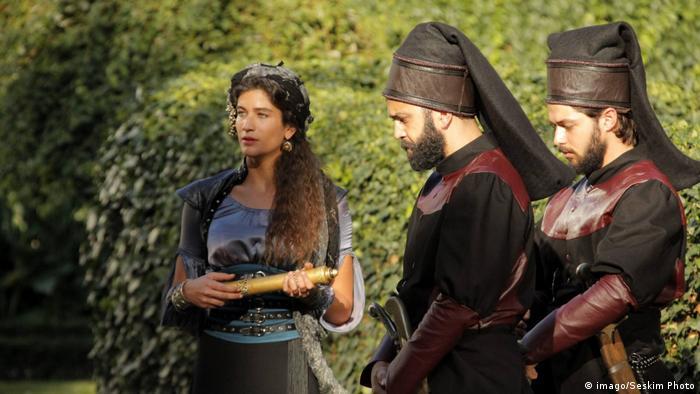 Türkische Schauspielerin Berrak Tuzunatac Filmszene
