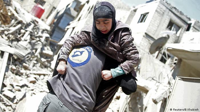 وجهة نظر: الغوطة الشرقية جحيم على الأرض ونحن نتفرج عليه