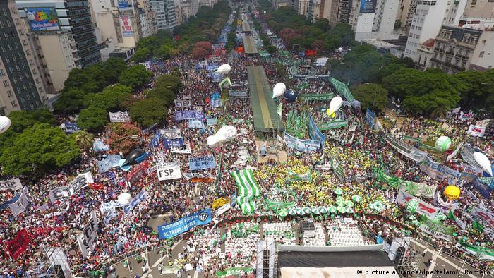 Manifestación en Buenos Aires convocada por el sindicalista Hugo Moyano.