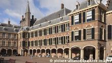 Binnenhof, Parlamentsgebaeude, Den Haag, Holland, Niederlande | Verwendung weltweit