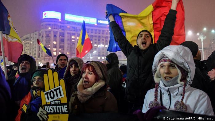 Rumänien Proteste gegen Korruption (Getty Images/AFP/D. Mihailescu)