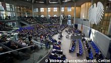 Berlin Bundestagssitzung Regierungserklärung
