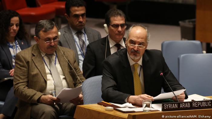 UN-Sicherheitsrat Syriens UN-Botschafter Baschar al-Dschafari (picture-alliance/AA/M. Elshamy)