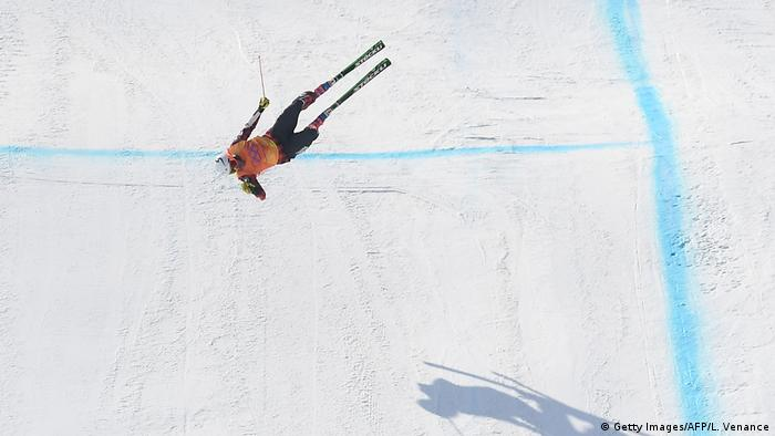 Olympische Winterspiele 2018 Sturz von Skicrosser Christopher Delbosco (Getty Images/AFP/L. Venance)