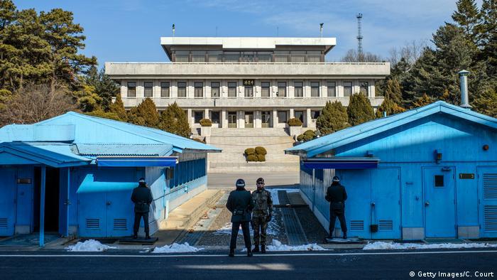 Soldados sul-coreanos na zona desmilitarizada