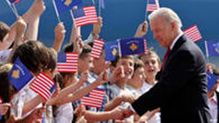 Joe Biden in Pristina (AP)