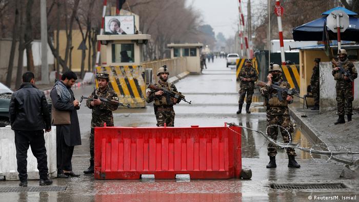 Afghanistan Kabul Angriffe auf Sicherheitskräfte (Reuters/M. Ismail)