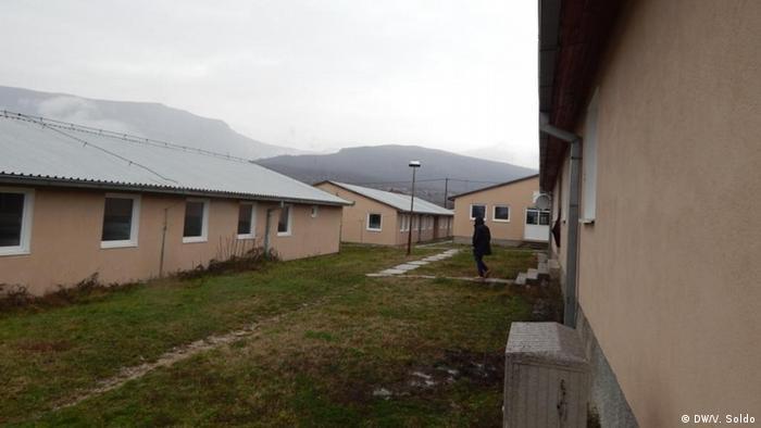 Bosnien und Herzegowina | Aufnahmezentrum für aus der EU abgeschobene Bosnier | Neubauten (DW/V. Soldo)