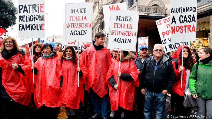 Italien Rom - Anti-Faschismus Demonstration (Getty Images/AFP/A. Solaro)