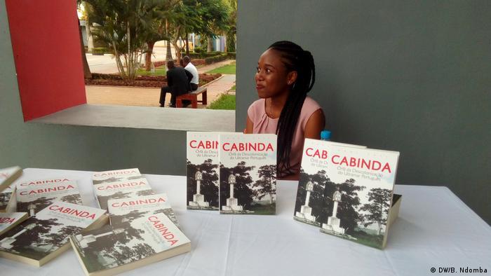 Angola Luanda - Das Buch von Raul Tati