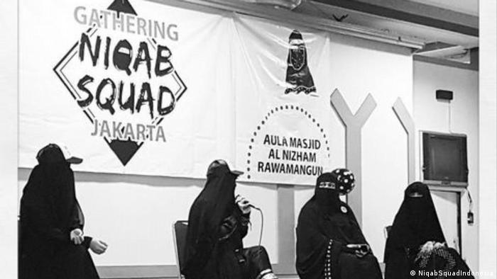 Indonesien Jakarta - Niqab Squad in Indonesien (NiqabSquadIndonesia)