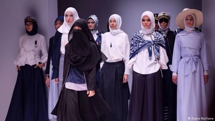 Indonesien Jakarta - Niqab Squad in Indonesien (Diana Nurliana)