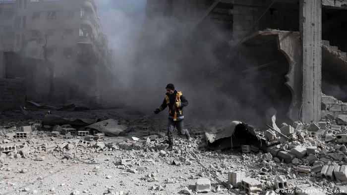 Konflikt in Syrien Zerstörung in Ost-Ghouta (Getty Images/AFP/A. Eassa)
