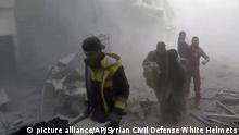 Konflikt in Syrien Zerstörung in Ost-Ghouta (picture alliance/AP/Syrian Civil Defense White Helmets)