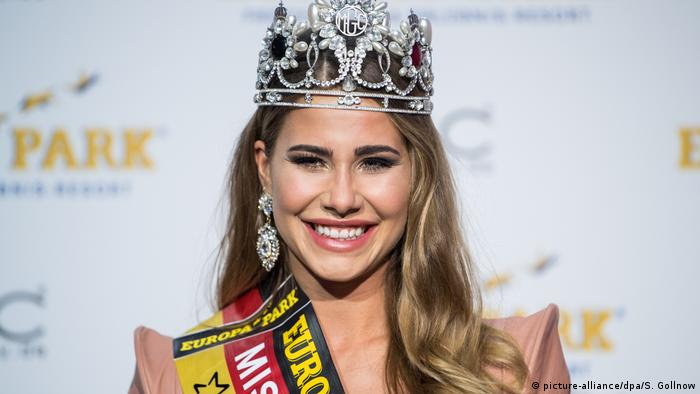 Anahita Rehbein mit Krone nach der Wahl zur Miss Germany 2018.