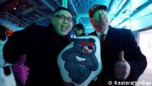 Südkorea Pyeongchang- Abschlussfeier der Olympischen Spiele - Look-Alike Donald Trump und Kim Jong Un