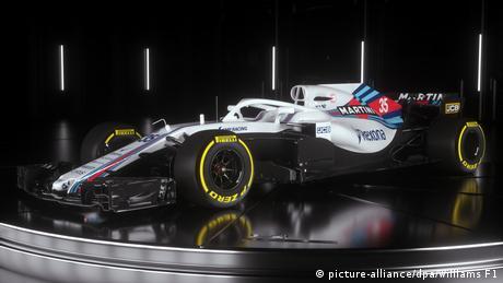 Lewis Hamilton Takes Pole Position For Australian Grand Prix