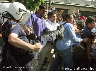 Muslim protesters clash with police