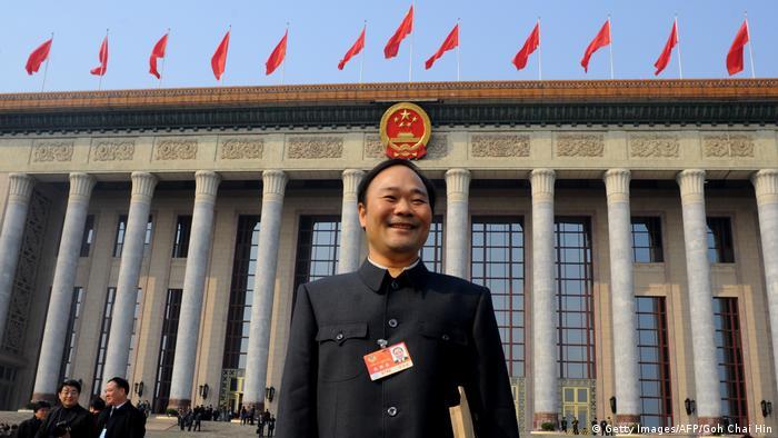 China Li Shufu nach der Eröffnungssitzung des Volkskongresses in Peking