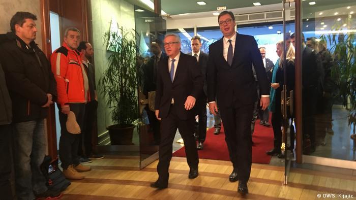 Serbien Johannes Hahn, Jean-Claude Juncker und Aleksandar Vucic