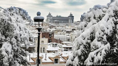 Το χιόνι και η ιταλική προεκλογική εκστρατεία