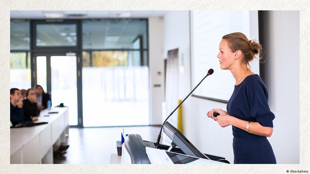 Deutschkurse | Wortschatz | WBS_Foto_Präsentation