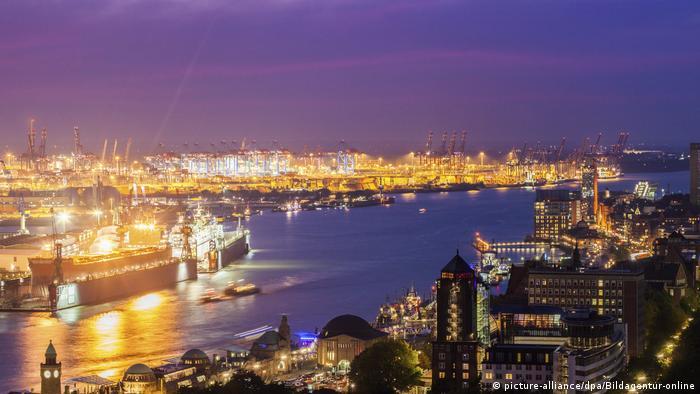 Hamburg Hafen (picture-alliance/dpa/Bildagentur-online)